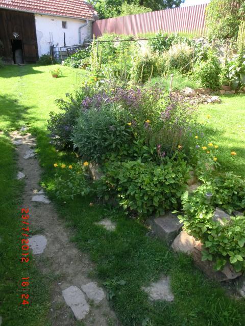 uk225zkov225 př237rodn237 zahrada selsk225 zahrada les225nek mapa